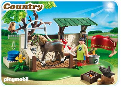 Centru de ingrijire pentru cai PLAYMOBIL Pony Farm