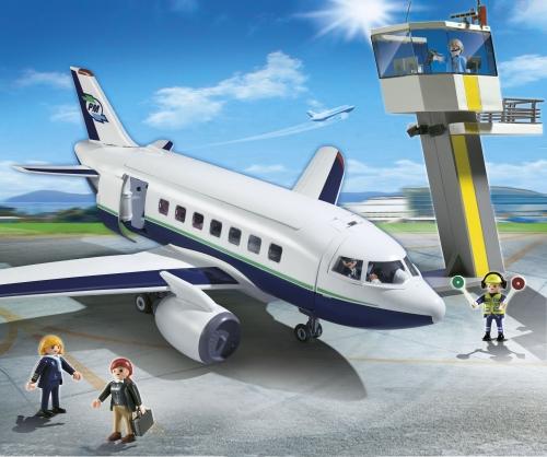 Avion de pasageri si marfa PLAYMOBIL City Action
