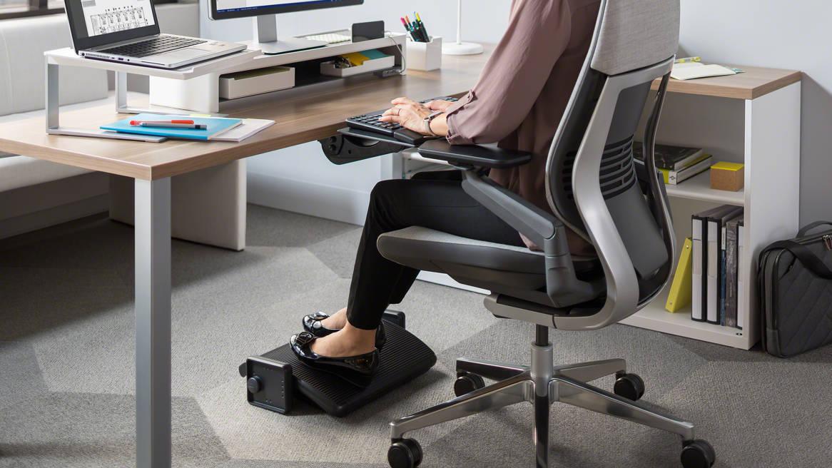 Descriere Suport ergonomic pentru picioare, FELLOWES Standard