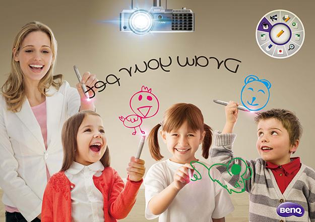 Descriere Videoproiector BENQ MX806ST, XGA, 3D, 3000 lumeni, HDMI