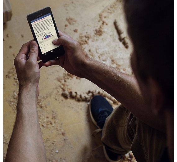 Descriere Smartphone MICROSOFT Lumia 550, 8GB, 4G, Black