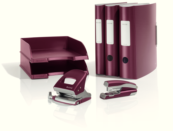 Descriere Perforator metalic de birou, pentru maxim 30 coli, grena, LEITZ Style 5006 NeXXt Series